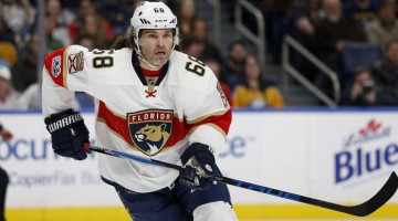 Mar 27, 2017; Buffalo, NY, USA; Florida Panthers right wing Jaromir Jagr (68) looks for the puck during the first period against the Buffalo Sabres at KeyBank Center. Mandatory Credit: Timothy T. Ludwig-USA TODAY Sports