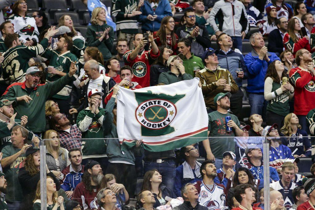 Minnesota's Andrei Svetlakov Signs Long-Term In KHL
